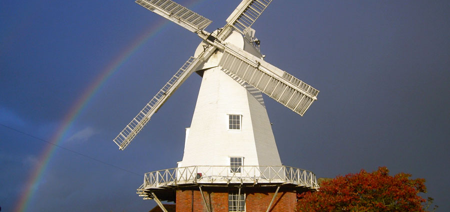 TravelEnglish-Ashford-willesbourgh-windmill
