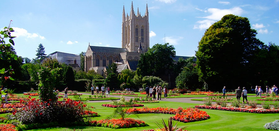 TravelEnglish-BuryStEdmunds-Jardin